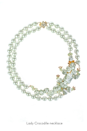 lady-crocodile-necklace-Bijoux-de-Famille