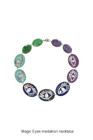 magic-eyes-medallion-necklace-Bijoux-de-Famille