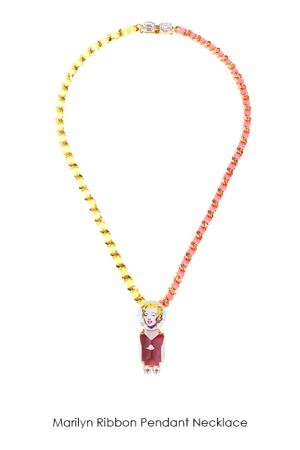 marilyn-ribbon-pendant-necklace