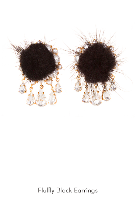 Fluffy-Black-Earrings-Bijoux-de-Famille